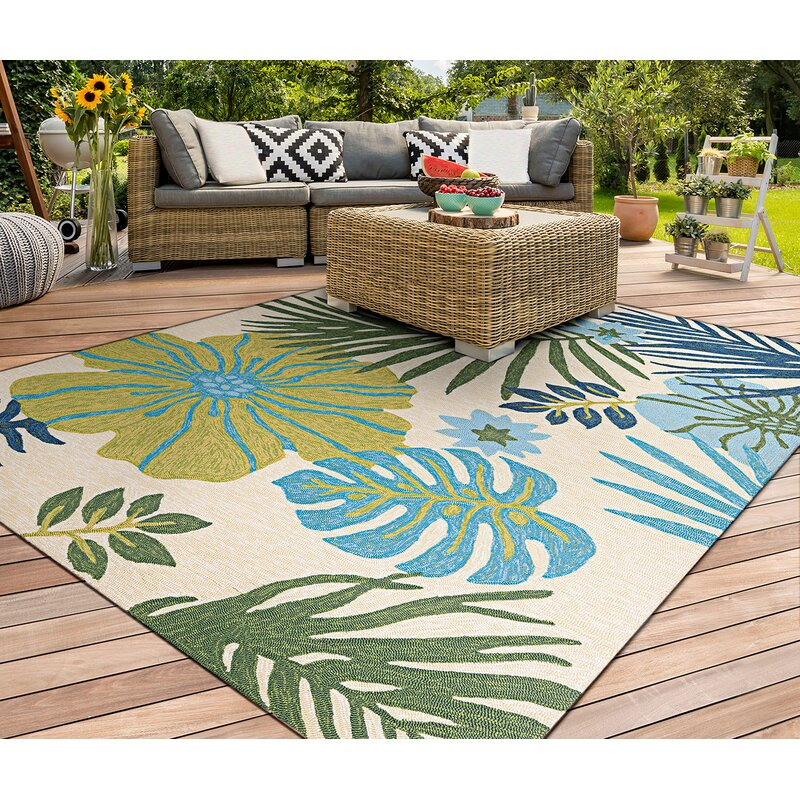 Bay Isle Home Wildermuth Floral Hand Hooked Ivory Green Blue Area Rug Reviews Wayfair