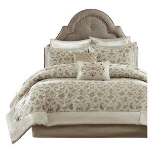 Kingsley Comforter Set