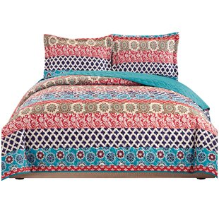 Tenaya 3 Piece Reversible Quilt Set