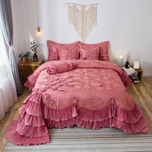 Tashia Luxury Comforter Set