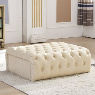 Anne Classic Upholstered Bench by Alcott Hill