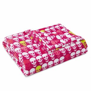 Skull Party Throw