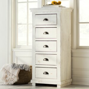 Castagnier 5 Drawer Lingerie Chest by Lark Manor