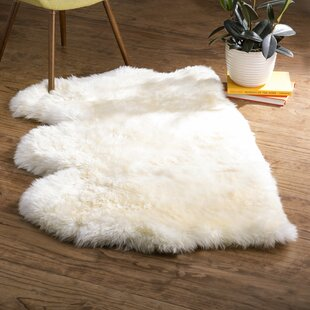 Allison Hand Woven Faux Sheepskin White Area Rug