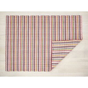 Heddle Pansy Pink/Red/Black Indoor/Outdoor Area Rug