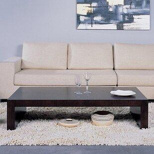 Coffee Table by Hokku Desi..