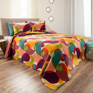 Hartfo Reversible Quilt Set