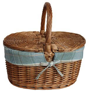 Lidded Oval Picnic Basket With Lining By Brambly Cottage