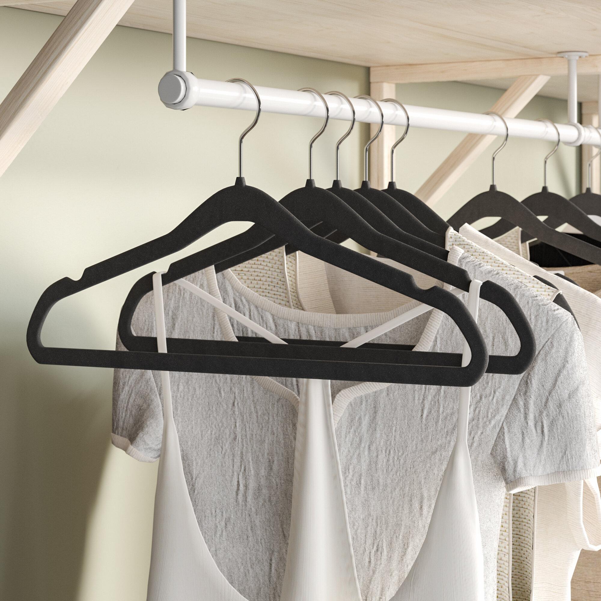 Coat Hangers Set of 200 Non-Slip Velvet Storage Holder Hanging Clothes Rack Red