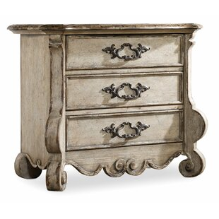 Chatelet 3 Drawer Bachelor's Chest by Hooker Furniture