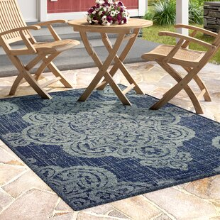 Salerno Over-scale Medallion Navy/Beige Indoor/Outdoor Area Rug