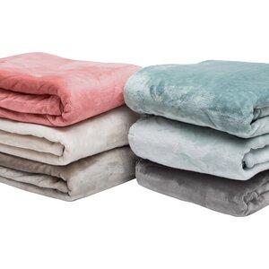 Snipes Ultra Velvet Plush Super Soft Fleece Blanket