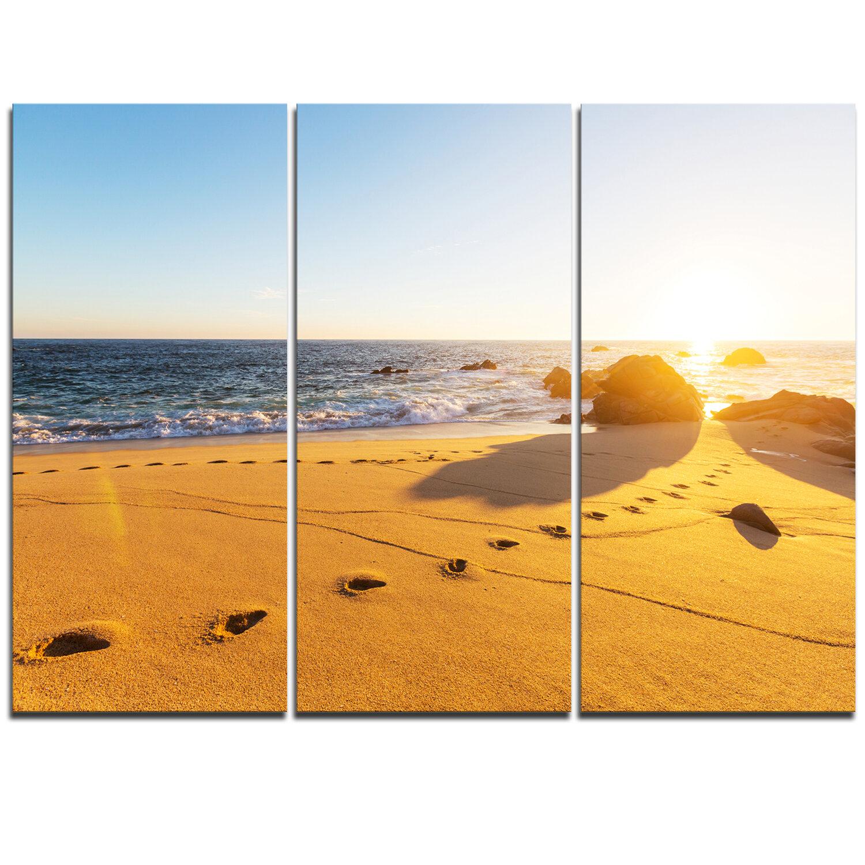 Designart Footprints On Beach Sand 3 Piece Graphic Art On Wrapped Canvas Set Wayfair