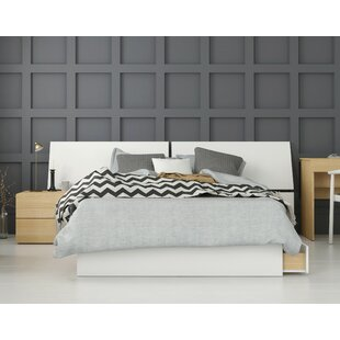 Layden Platform 3 Piece Bedroom Set