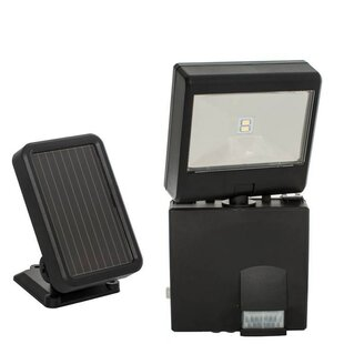 Latitude Run Berntson LED Solar Powered Battery Operated Outdoor Security Flood Light
