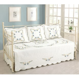 August Grove Alencon Daybed Coverlet