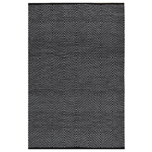 Best Reviews Criswell Hand-Woven Cotton Black/White Area Rug By Wrought Studio