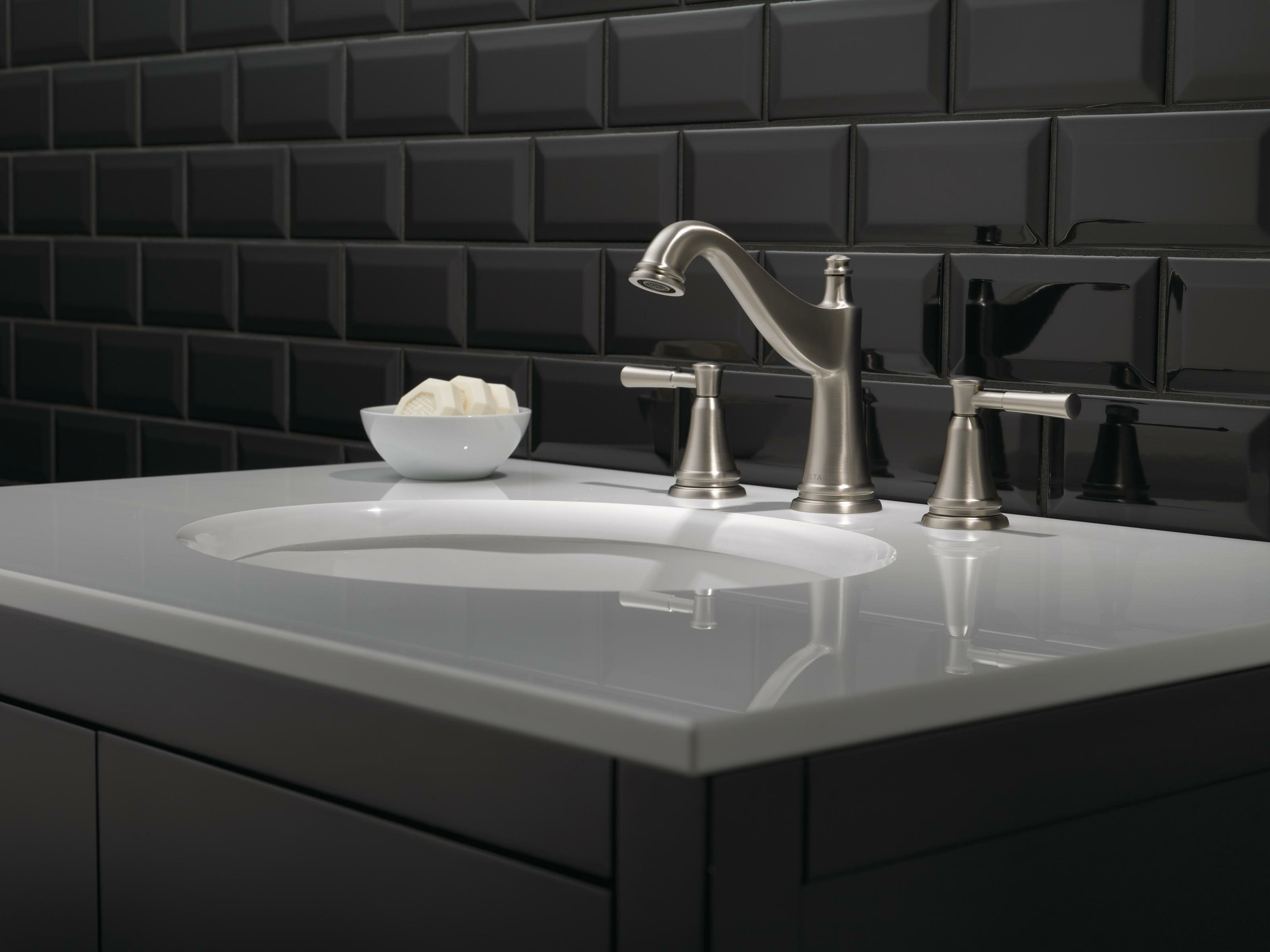 Delta Mylan Widespread Bathroom Faucet with Drain Assembly and ...