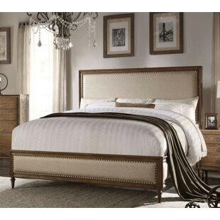 Blissfield Queen Upholstered Platform Bed