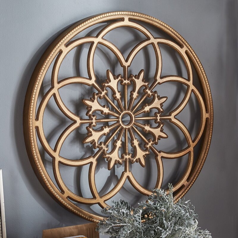 Kate And Laurel Ondelette Round Medallion Wood Wall Decor
