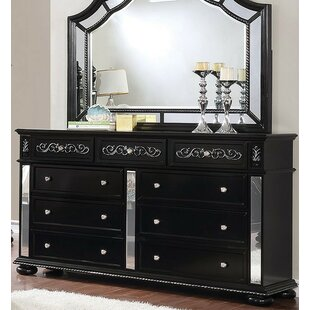 Gwendolyn 9 Drawer Double Dresser