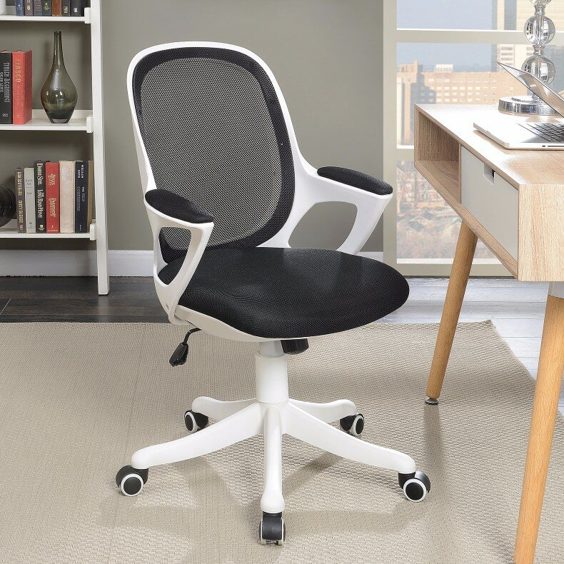 Lathan Designed Mesh Task Chair