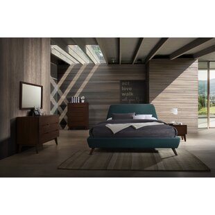 Drumnacole Platform 5 Piece Bedroom Set