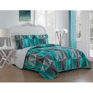 Espenson 3 Piece Reversible Quilt Set