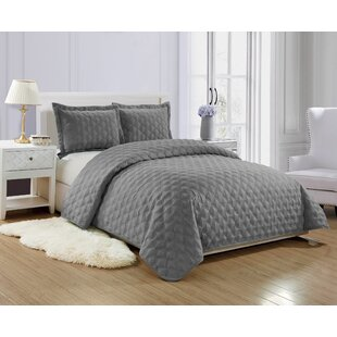 North Andover Reversible Soft Quilt Set