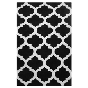 Capri Black/White Area Rug By L.A. Rugs