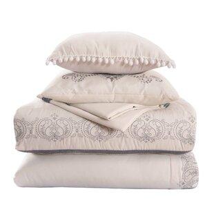 Monier Lace Comforter Set