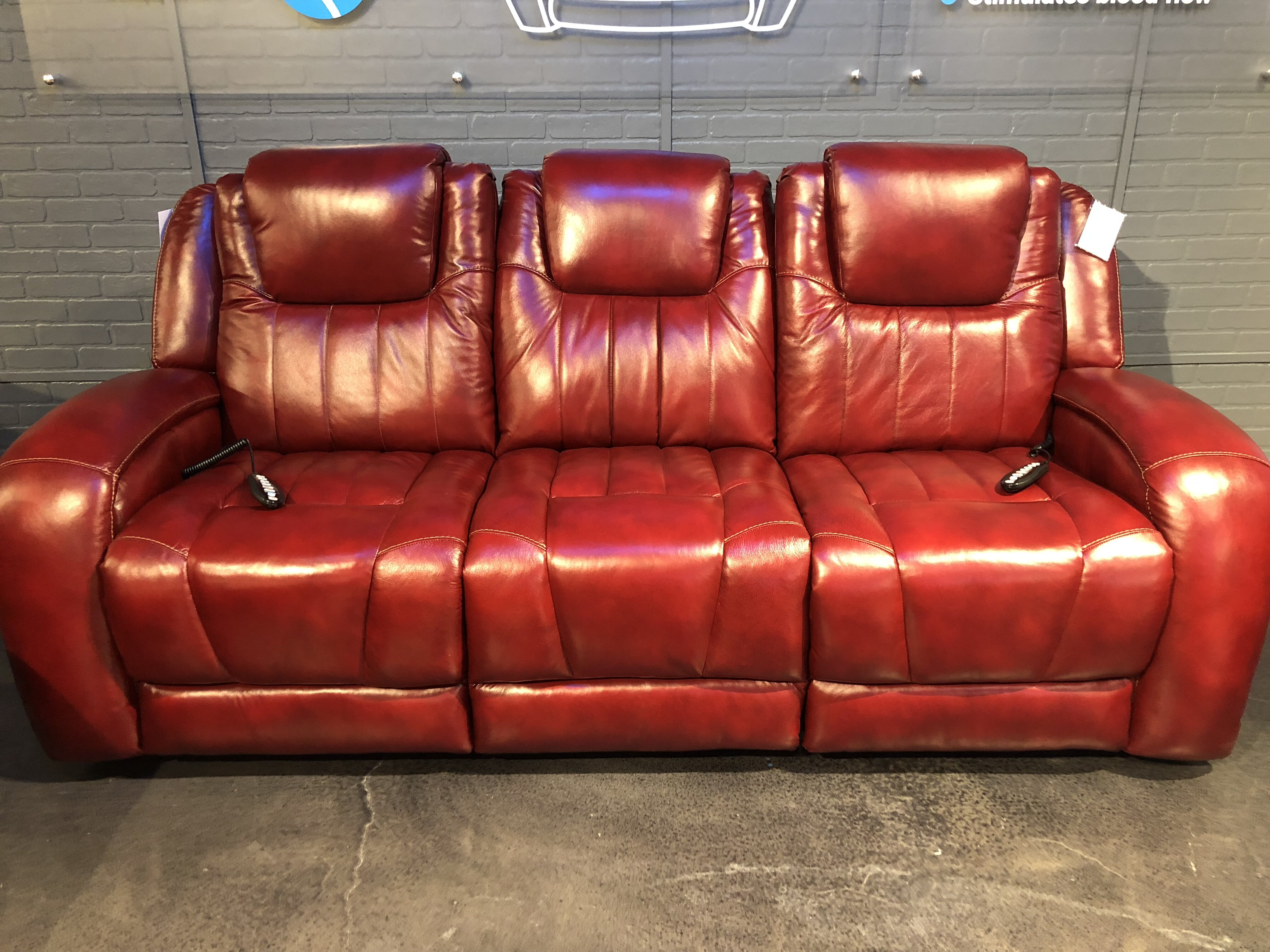 Top Shelf Leather Reclining Sofa