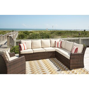 Grenadines Sectional With Cushions