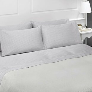 Diamond 4 Piece 300 Thread Count 100% Cotton Sheet Set