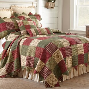 August Grove Cater Quilt