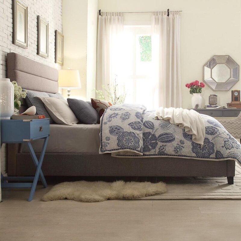Huebert+upholstered+panel+bed