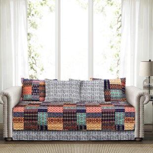 Broadbent Quilt Set