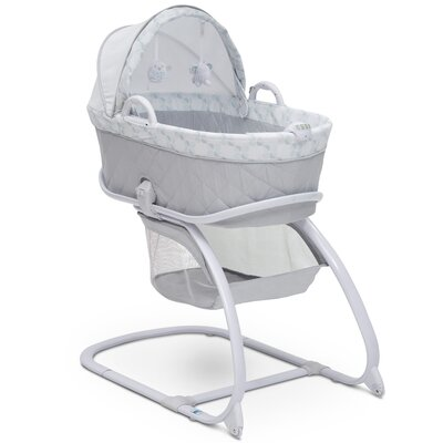 Deluxe Moses Bassinet with Bedding Delta Children