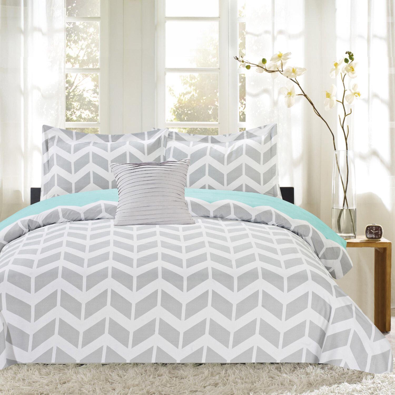 Sweet Home Collection Herringbone Print 4 Piece Reversible Comforter Set Reviews Wayfair