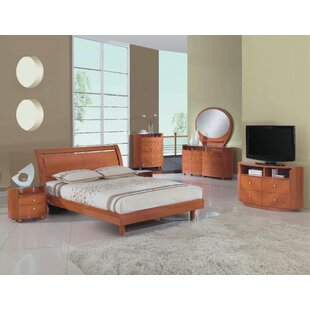 Bernstein Platform 4 Piece Bedroom Set