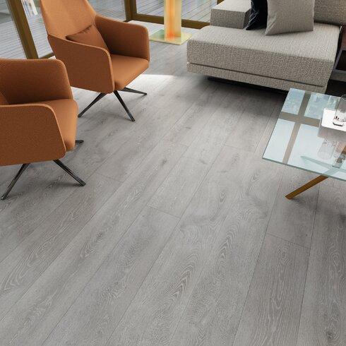 Serradon Augustus 771 X 7283 X 12mm Oak Laminate Flooring In