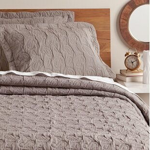 Amity Home Danielle Quilt