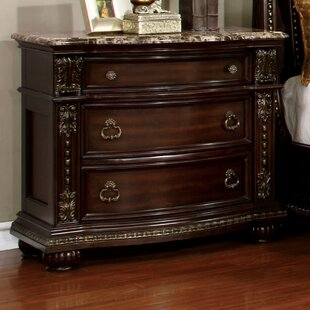 Gardener 3 Drawer Nightstand