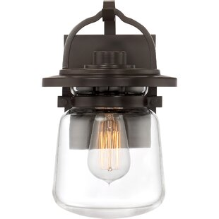 Breakwater Bay Dickerson Outdoor Wall Lantern