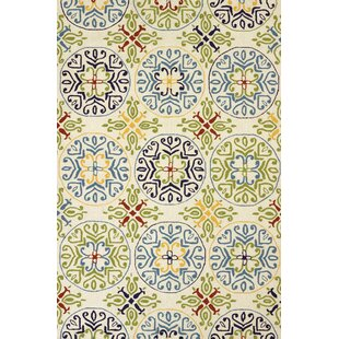 Baily Atrium Handmade White Indoor/Outdoor Area Rug