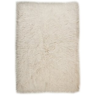 Uni Natural Handwoven Sheepskin Beige Rug