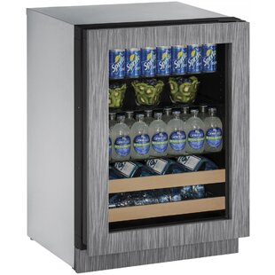 2000 Series 24-inch 4.9 cu. ft. Undercounter Beverage Center