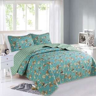 Calvert Reversible Quilt Set