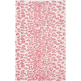 Check Prices Claro Ivory / Red Rug By Harriet Bee