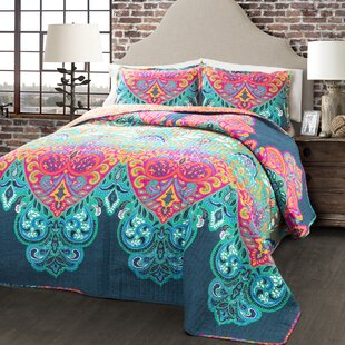 Galleria 3 Piece Damask Reversible Quilt Set